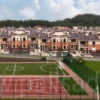 Ограждение спортивной площадки коттеджного поселка