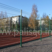 Школьная спортплощадка